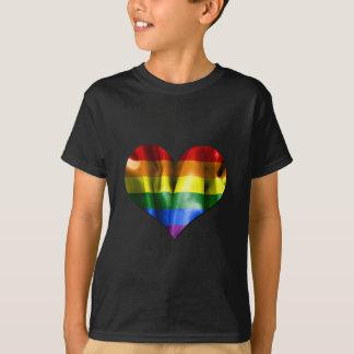 T-shirt Drapeau de coeur d'amour de gay pride