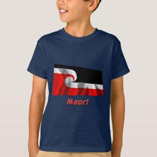 T-shirt Drapeau de ondulation maori avec le nom