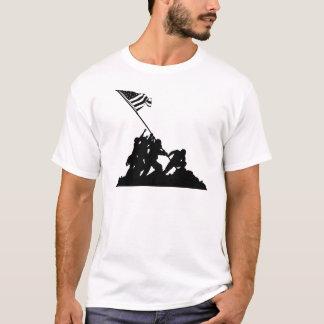 T-shirt Drapeau d'Iwo Jima soulevant la silhouette