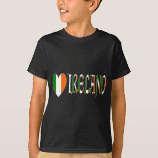 T-shirt Drapeau irlandais et mot Irlande de coeur