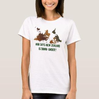 T-shirt drôle À L'ENVERS de CARTE du MONDE de NZ