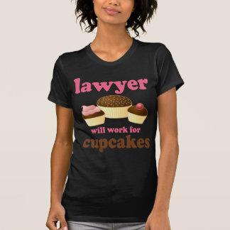 T-shirt Drôle travaillera pour l'avocat de petits gâteaux