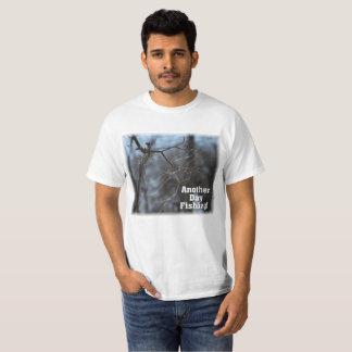 T-shirt Drôle une autre ligne embrouillée par pêche de