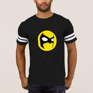 T-shirt du football d'emblème du Masquerader des