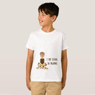 T-shirt École dans des pyjamas - pièce en t de garçons