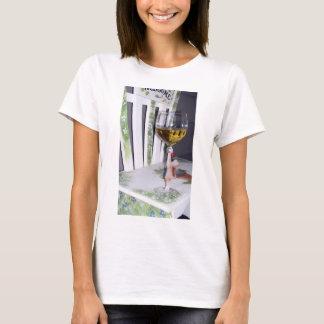 T-shirt Écrasez une tasse de vin