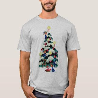 T-shirt ELFES ÉQUILIBRANT L'ARBRE de NOËL par SHARON