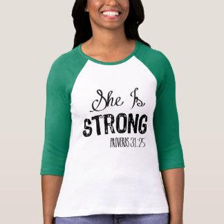 T-shirt Elle est la chemise chrétienne de motivation des