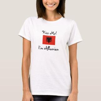 T-shirt Embrassez-moi ! Je suis albanais