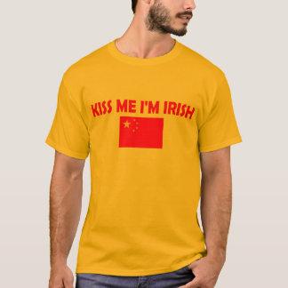 T-shirt Embrassez-moi que je suis irlandais ? ? ?