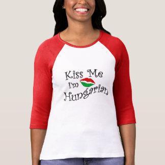 T-shirt Embrassez-moi que je suis pièce en t hongroise