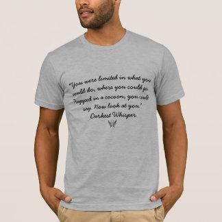 T-shirt Emprisonné dans un cocon