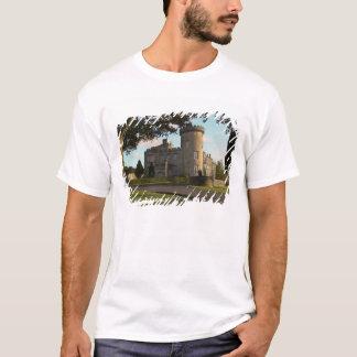 T-shirt En Irlande, l'entrée latérale de château de