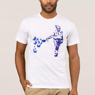 T-shirt en passant cannette de fil de spray au poivre