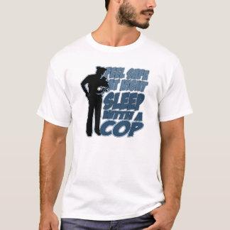 T-shirt En sécurité de sentir, sommeil avec une cannette
