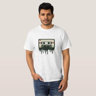 T-shirt Enregistreur à cassettes fondant la chemise drôle