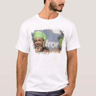 T-shirt Équipez le bonnet de bain de port à la ligne de