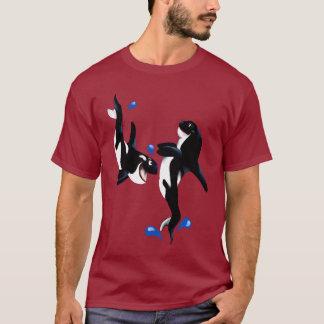 T-shirt espiègle de deux orques