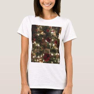 T-shirt étincelles d'arbre de Noël