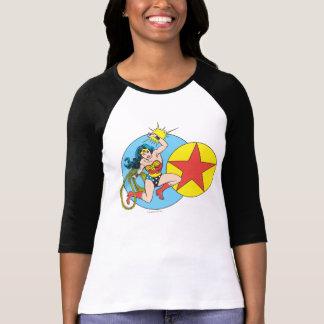 T-shirt Étoile rouge de femme de merveille