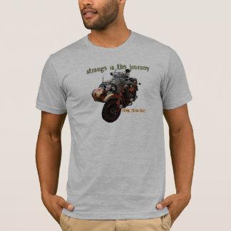 T-shirt Étrange est le voyage