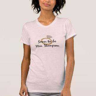 T-shirt Être bientôt Mme bague de fiançailles
