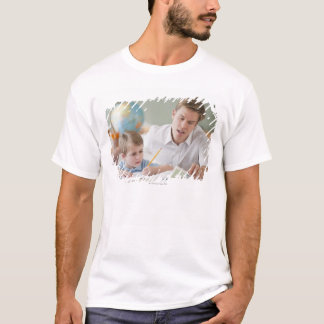 T-shirt Étudiant de aide de professeur avec le travail