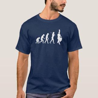 T-shirt Évolution d'un batteur de piège (couleurs foncées)