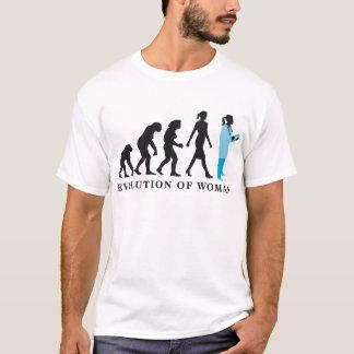 T-shirt évolution of woman female doctor