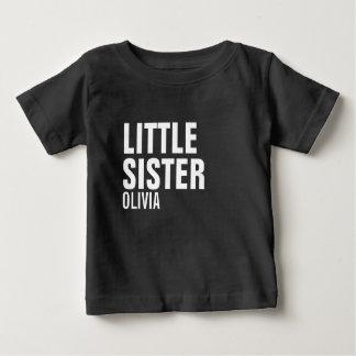 T-shirt fait sur commande de bébé de petite soeur