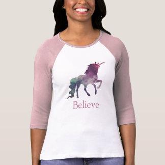 T-shirt fait sur commande de licorne de galaxie