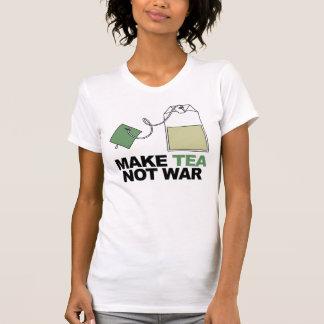 T-shirt Faites la guerre de thé pas