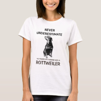 T-shirt Femme avec un rottweiler