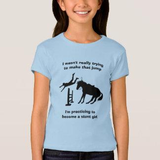 T-shirt Fille sautante de cascade de cheval drôle dans la