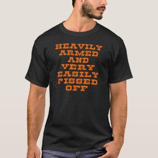 T-shirt Fortement armé et très facilement pissé