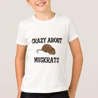 T-shirt Fou au sujet des rats musqués