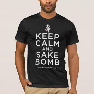 T-shirt Gardez la chemise de bombe de calme et de saké