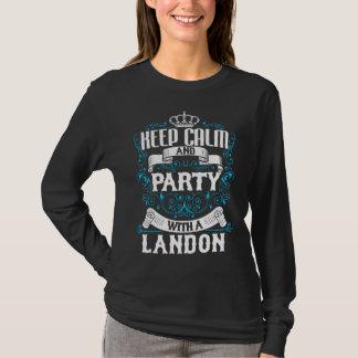 T-shirt Gardez le calme et la partie avec un anniversaire