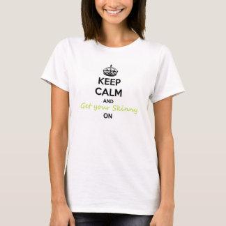 T-shirt Gardez le calme et l'enveloppe maigre sur le tee -