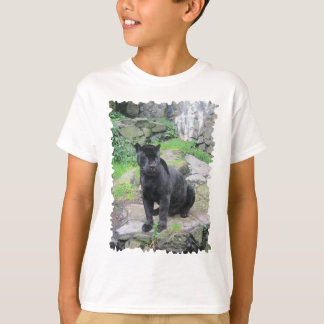 T-shirt Grand chat noir de Jaguar sur se reposer sur la