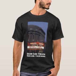 T-shirt grand d'obscurité de théâtre de lac