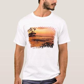 T-shirt Grande île, Hawaï. Coucher du soleil, grande île