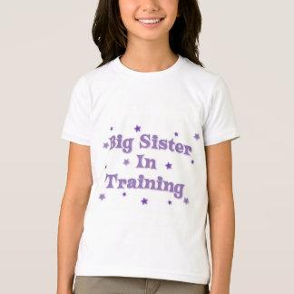 T-shirt Grande soeur dans la formation