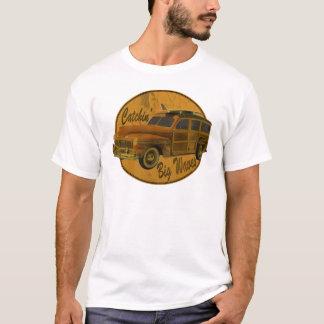 T-shirt grandes vagues de catchin dans le woodie