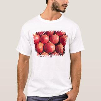 T-shirt Grenades sur l'affichage au marché de Carmel