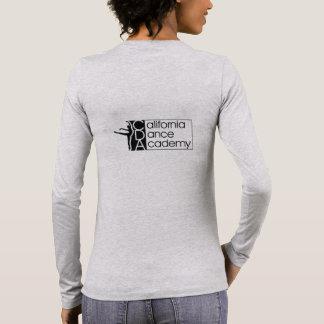 T-shirt gris de la douille des femmes long avec le