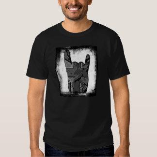 T-shirt grunge de hard rock de klaxons aléatoires