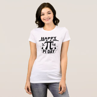T-shirt heureux de jour de pi. .png