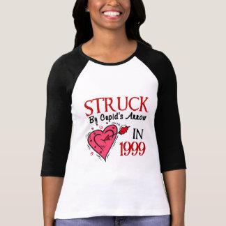 T-shirt Heurté par la flèche du cupidon en 1999