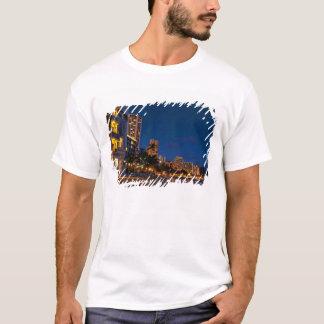 T-shirt Honolulu, Oahu, Hawaï. Exposition de nuit de